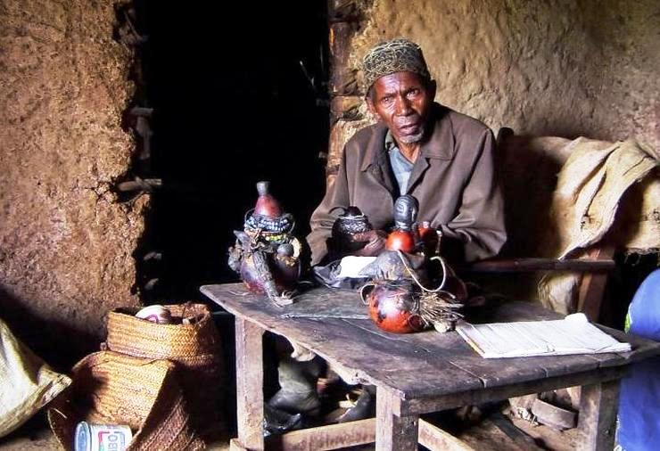 Africa: Traditional Healers | Comboni Missionaries